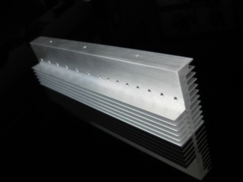 Extrusion heat sink 04